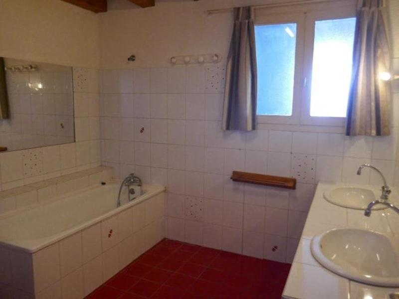 Rental house / villa Ceignes 702€ CC - Picture 7