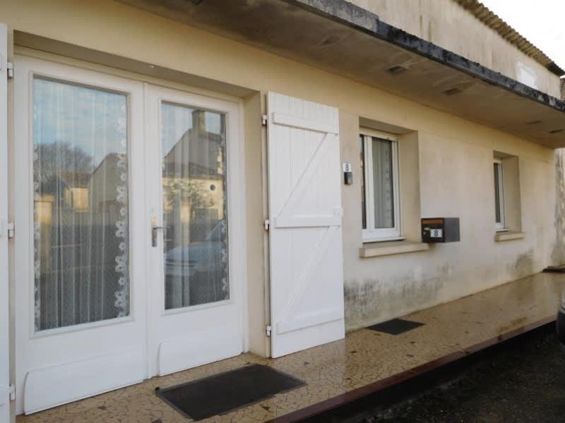 Location appartement St germain de la riviere 604€ CC - Photo 3