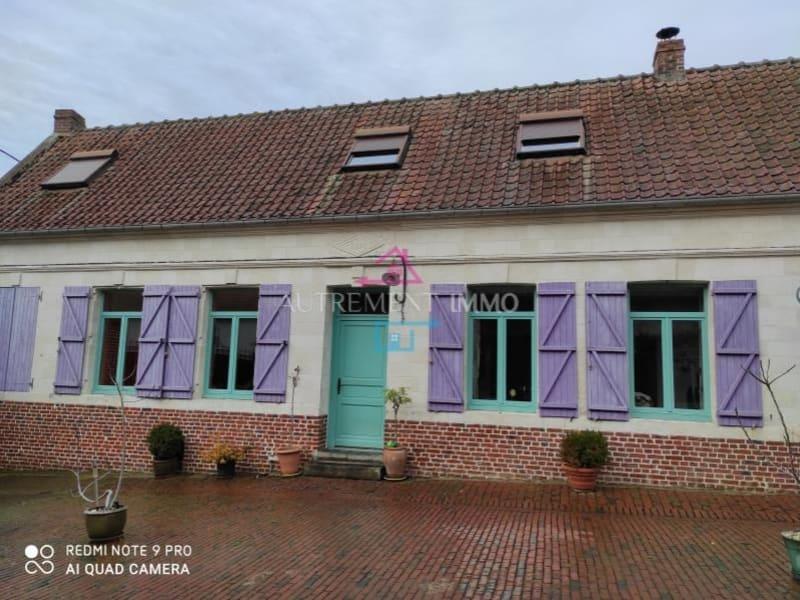 Sale house / villa Monchiet 301600€ - Picture 1