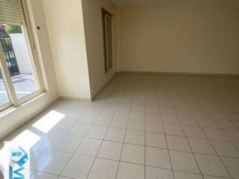Location local commercial Chennevieres sur marne 1300€ HC - Photo 2
