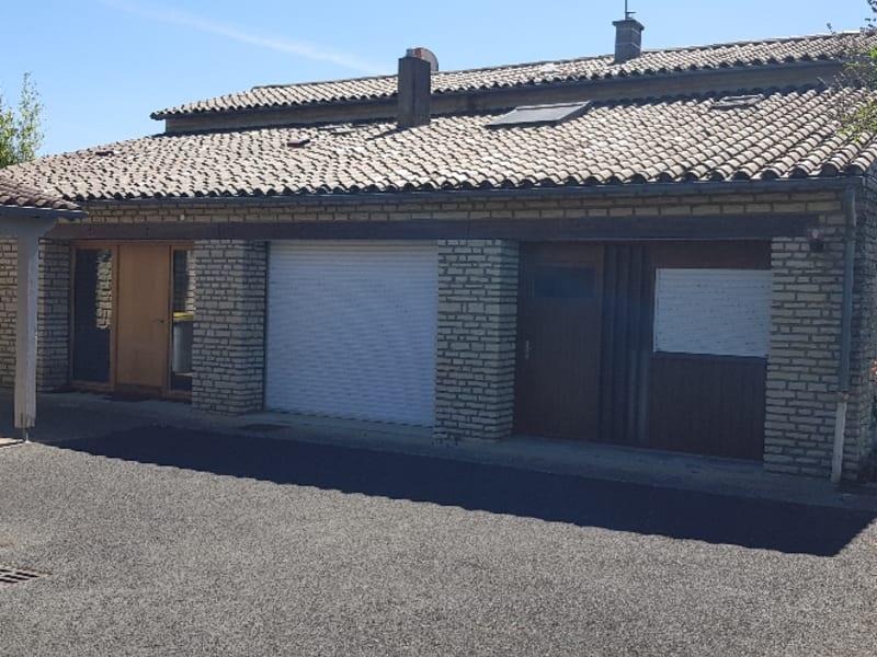 Sale house / villa Echire 297900€ - Picture 8