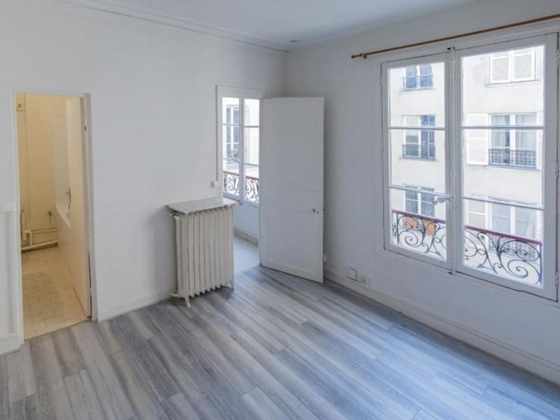 Location appartement Paris 6ème 790€ CC - Photo 1