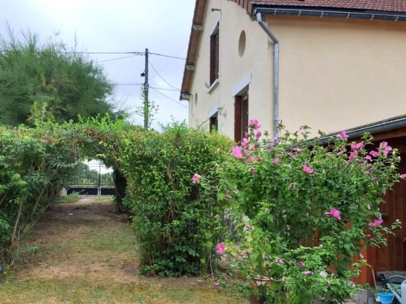 Sale house / villa St hilaire 64800€ - Picture 6