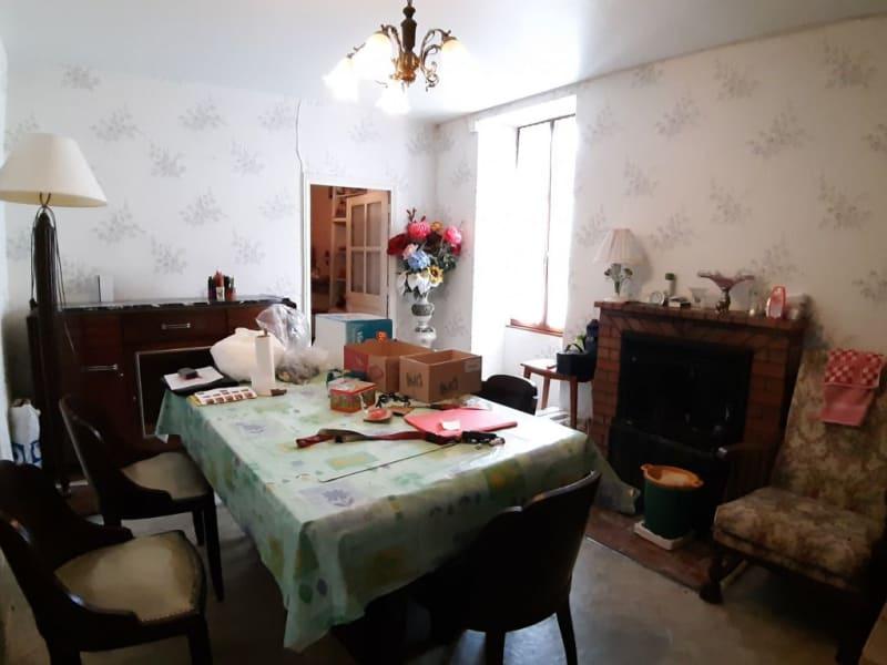 Sale house / villa Bourbon l archambault 59400€ - Picture 6