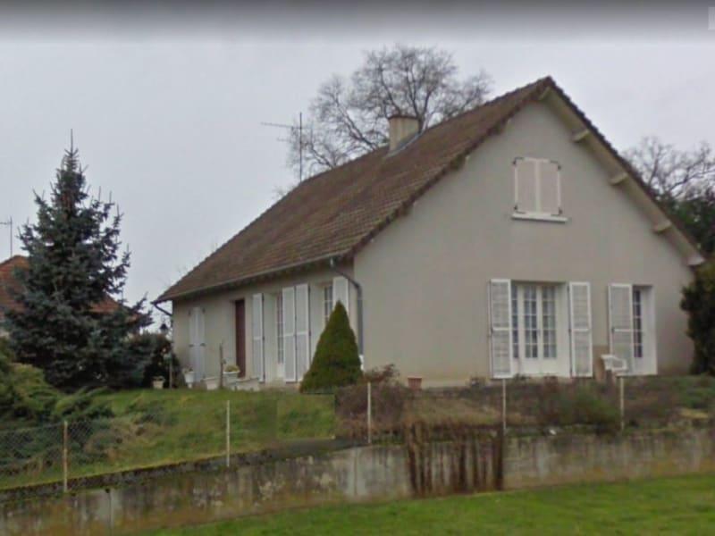 Sale house / villa Lucenay les aix 137800€ - Picture 1