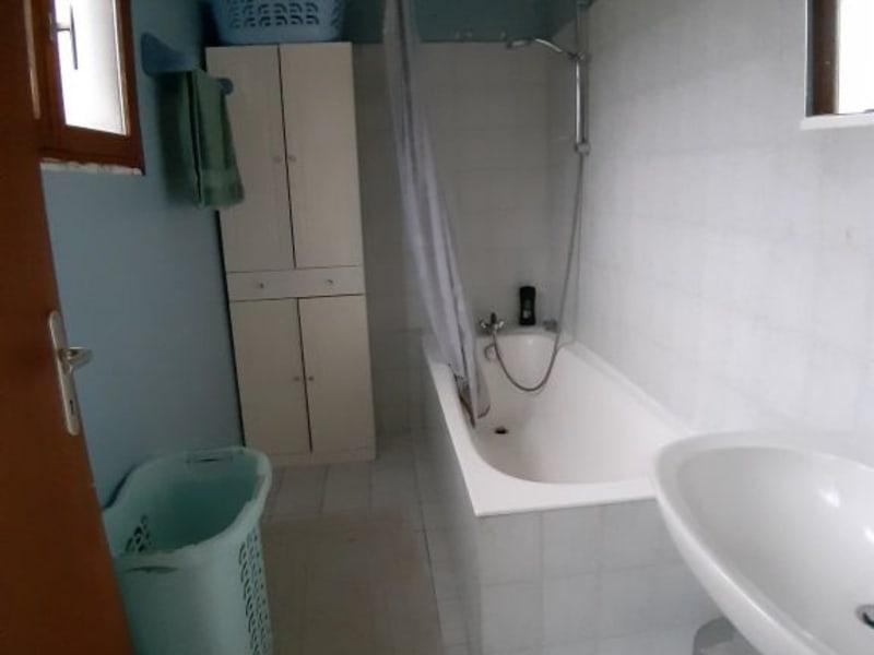 Sale house / villa Bourbon l archambault 80250€ - Picture 9