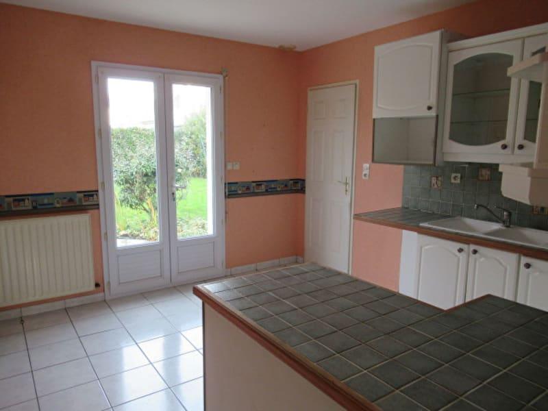 Sale house / villa Beaucouzé 367500€ - Picture 3