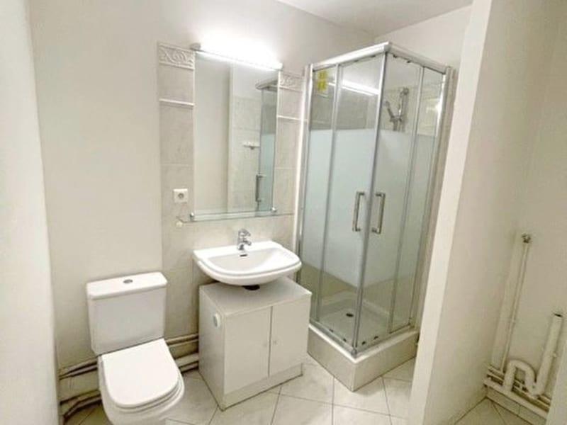 Location appartement Levallois 799€ CC - Photo 3