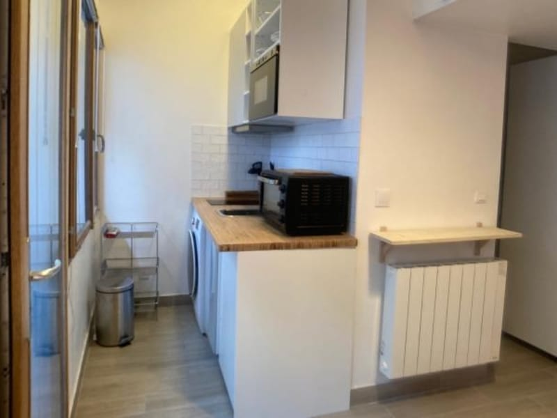 Location appartement Courbevoie 780€ CC - Photo 2