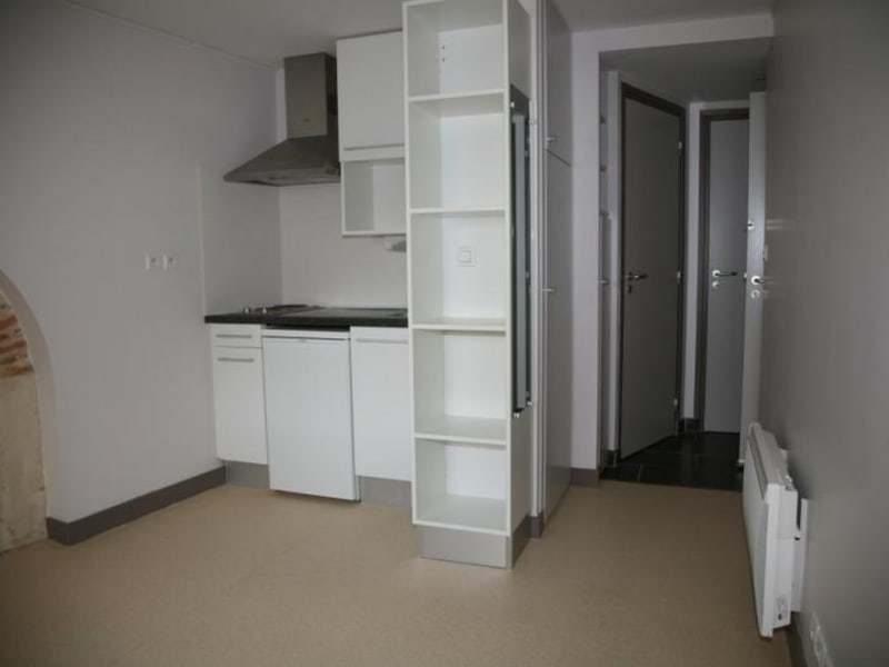 Rental apartment Vannes 365€ CC - Picture 1