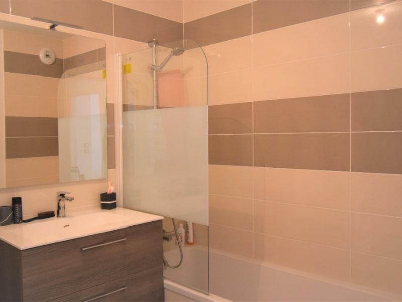 Sale apartment Seynod 429500€ - Picture 9