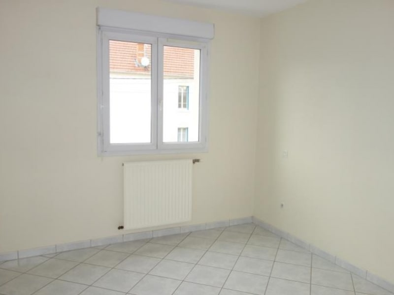 Location appartement Le coteau 510€ CC - Photo 4