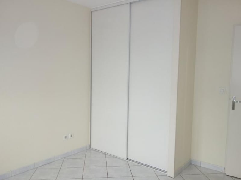 Location appartement Le coteau 510€ CC - Photo 5