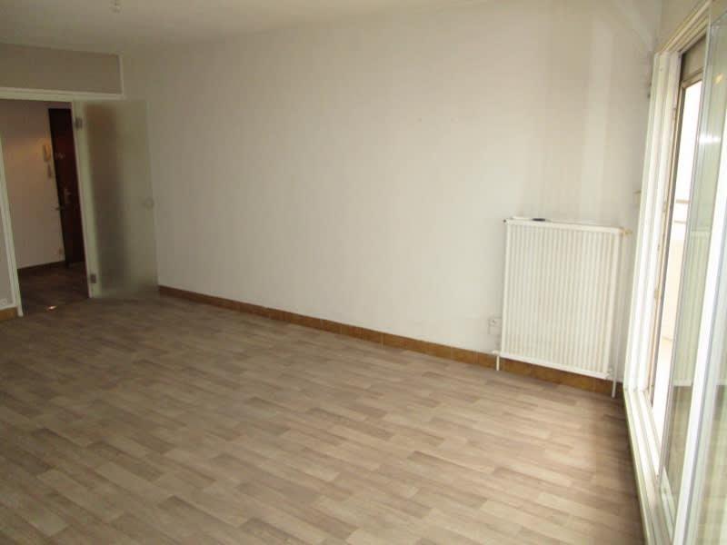 Rental apartment Sete 884€ CC - Picture 3