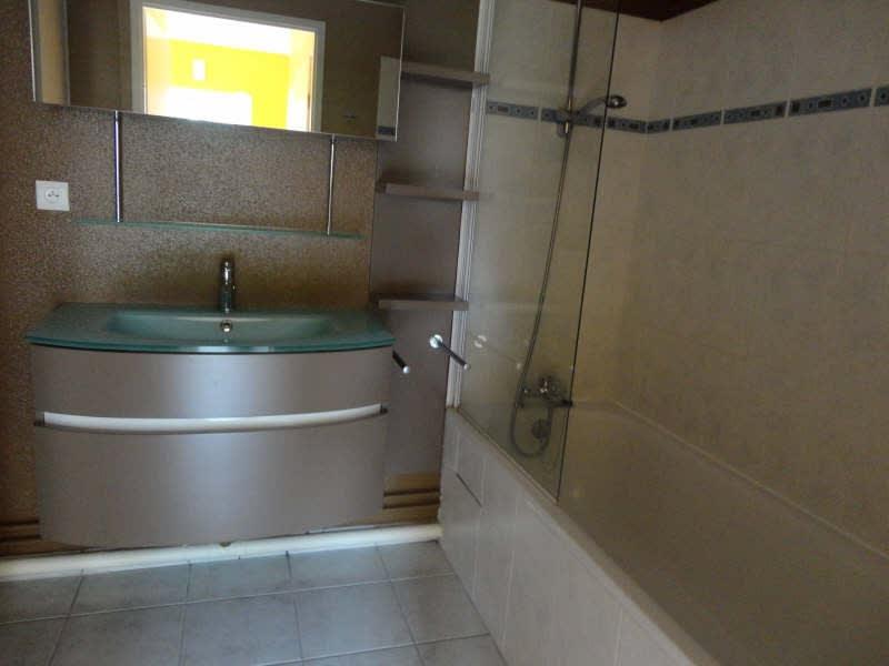 Location appartement Yvetot 727€ CC - Photo 3