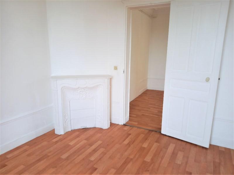 Rental apartment Poissy 719,83€ CC - Picture 1