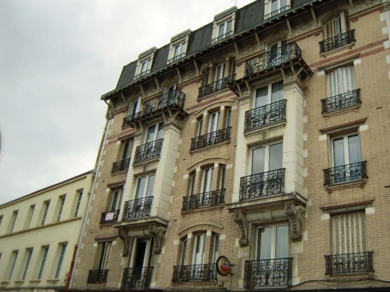 Rental apartment Poissy 719,83€ CC - Picture 8