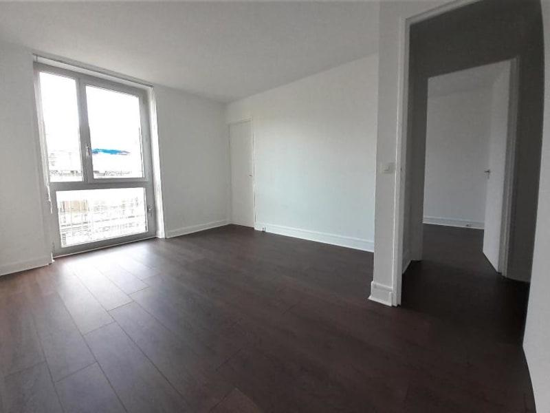 Location appartement Paris 16ème 2930€ CC - Photo 8