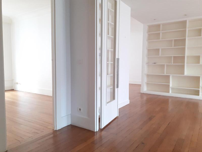Location appartement Paris 16ème 5729€ CC - Photo 5