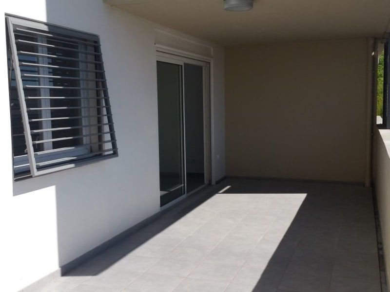Location appartement St denis camelias 781€ CC - Photo 7