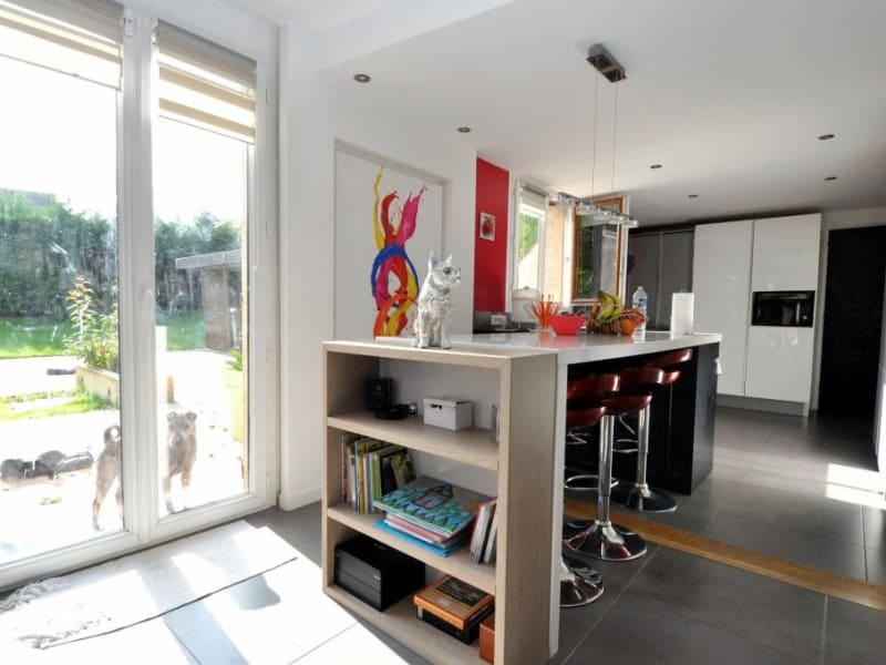 Sale house / villa Forges les bains 480000€ - Picture 7