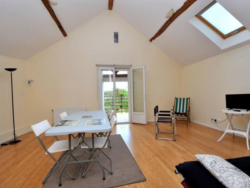 Rental apartment Gometz la ville 1000€ CC - Picture 1