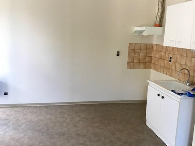 Location appartement Laissac---severac-l'eglise 270€ CC - Photo 1