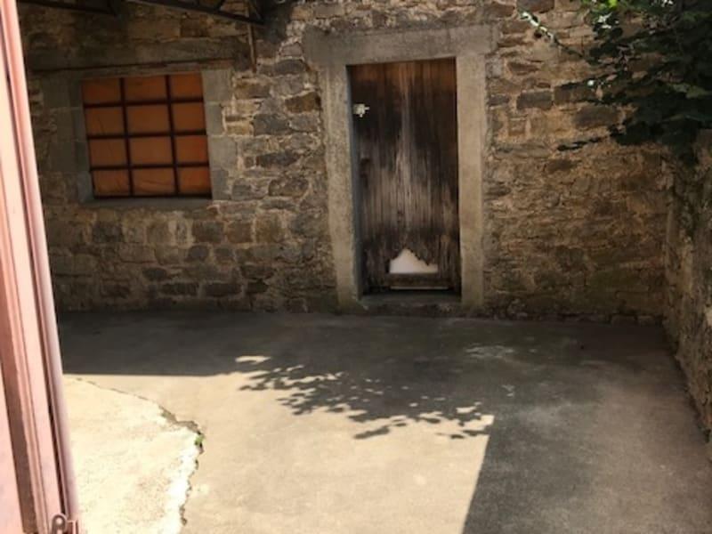 Location appartement Laissac---severac-l'eglise 270€ CC - Photo 2