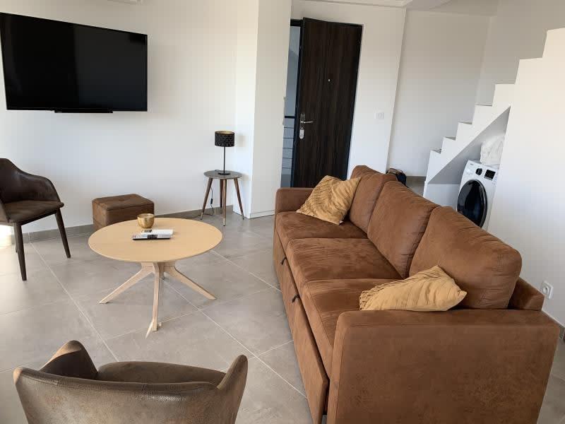 Sale apartment Le grau du roi 285000€ - Picture 2