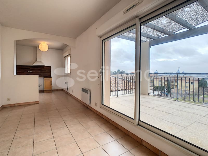 Rental apartment Marseille 16ème 841€ CC - Picture 1