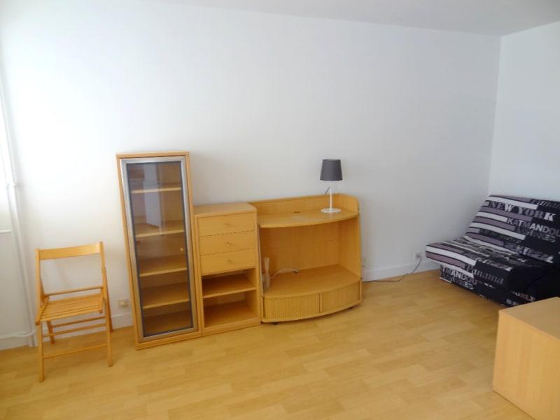 LEVALLOIS-PERRET - 1 pièce(s) - 27 m2- en meublé