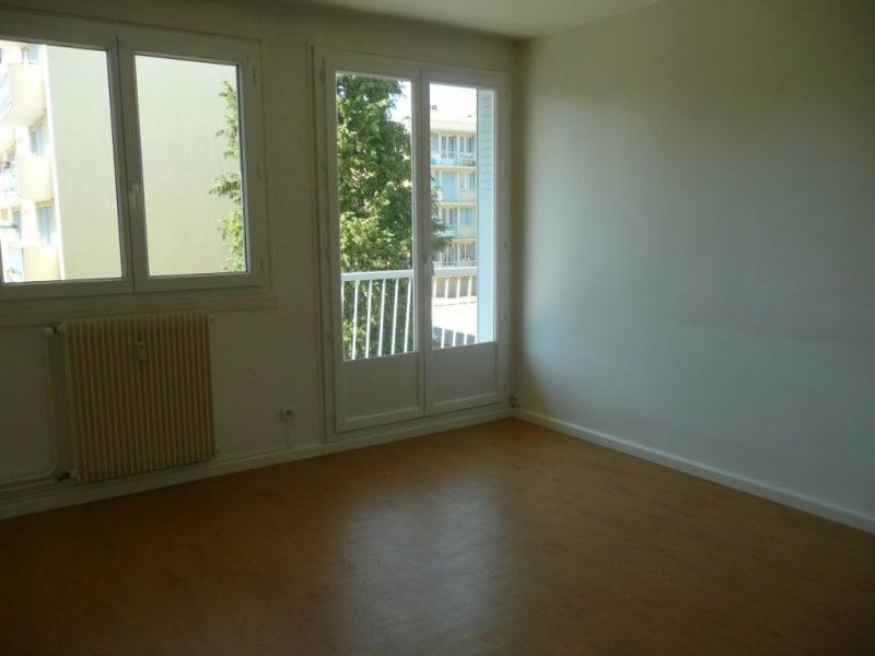 Vente appartement Saint-genis-laval 147000€ - Photo 3