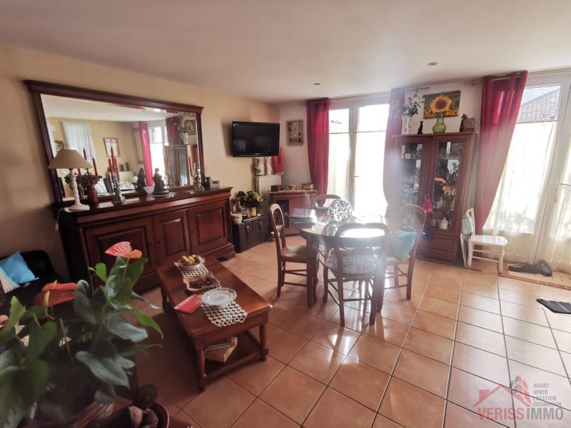Sale apartment Louvres 185000€ - Picture 2