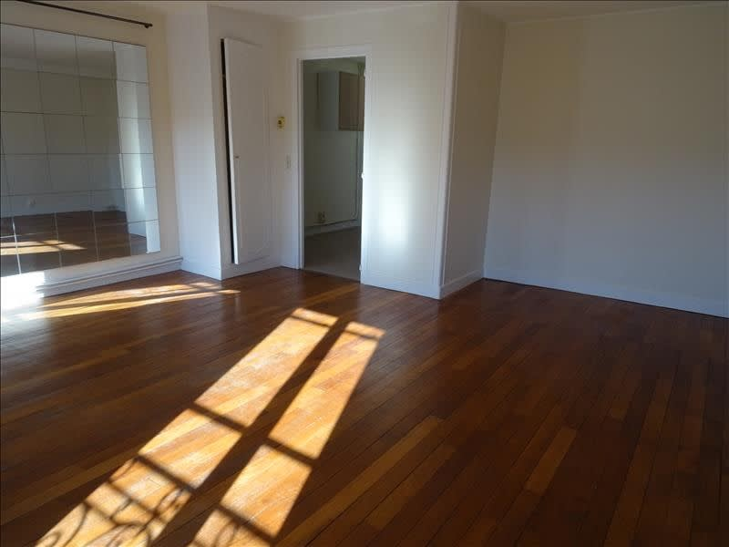 Rental apartment Bievres 750€ CC - Picture 3