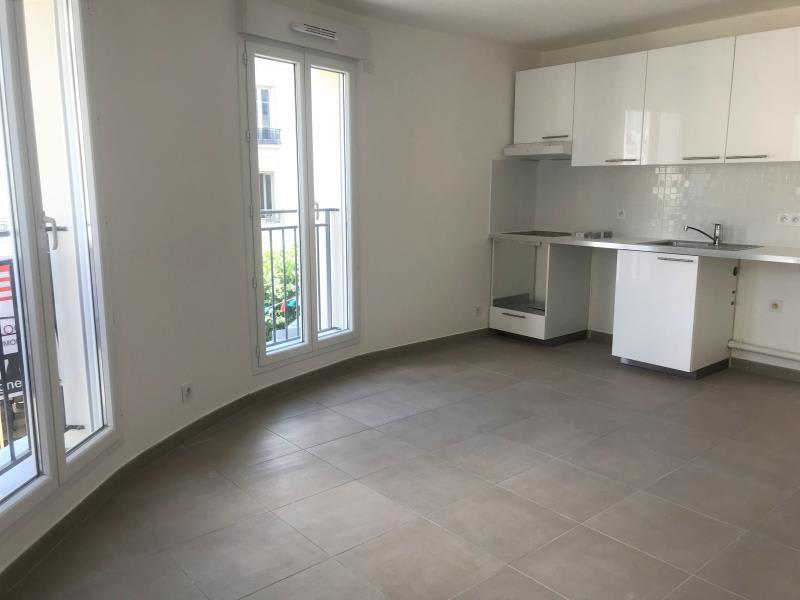 Rental apartment Puteaux 1580€ CC - Picture 2