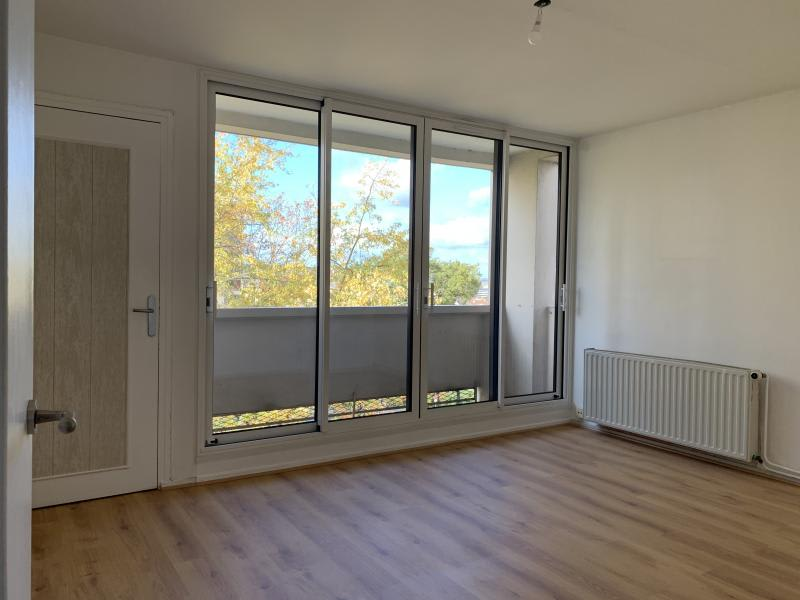 Location appartement Poissy 960€ CC - Photo 2