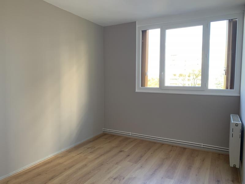 Location appartement Poissy 960€ CC - Photo 5
