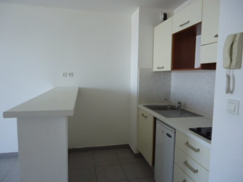 Location appartement Ste clotilde 550€ CC - Photo 4