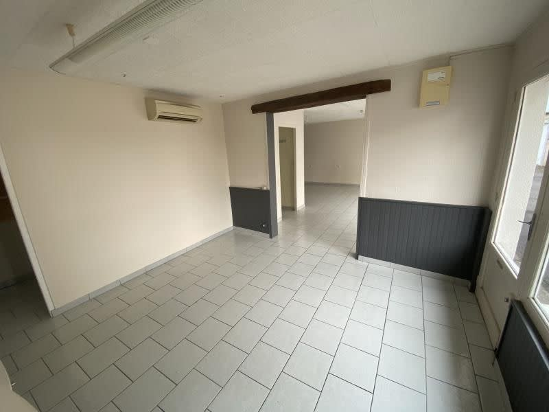 Location local commercial Poitiers 470€ HC - Photo 5