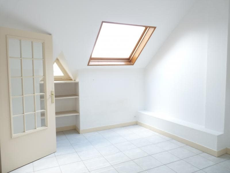 Rental apartment Poissy 589€ CC - Picture 2