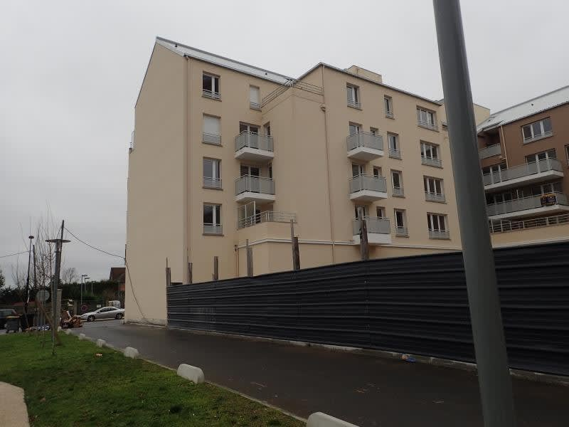 Rental apartment Melun 730€ CC - Picture 1