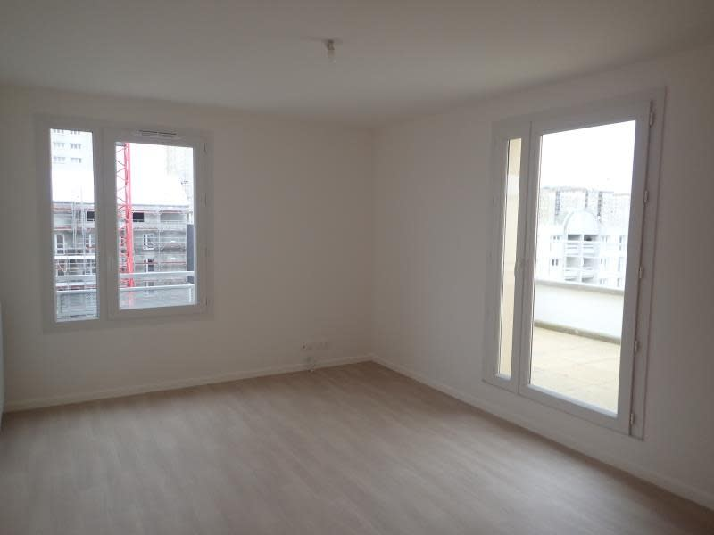 Rental apartment Melun 730€ CC - Picture 2