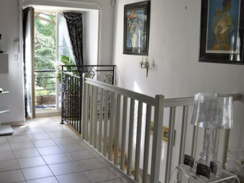 Sale house / villa Guyancourt 450 000€ - Picture 1