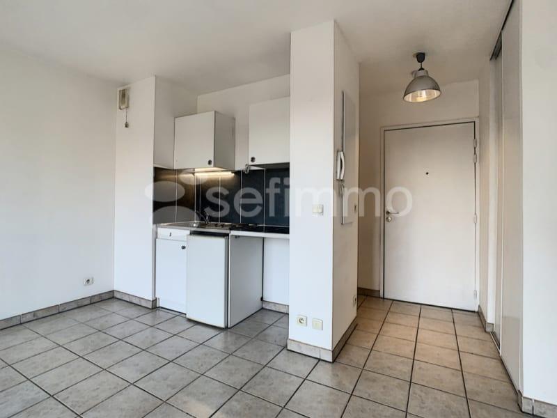 Rental apartment Marseille 5ème 462€ CC - Picture 2