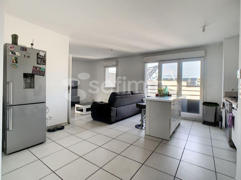 Rental apartment Marseille 5ème 942€ CC - Picture 2