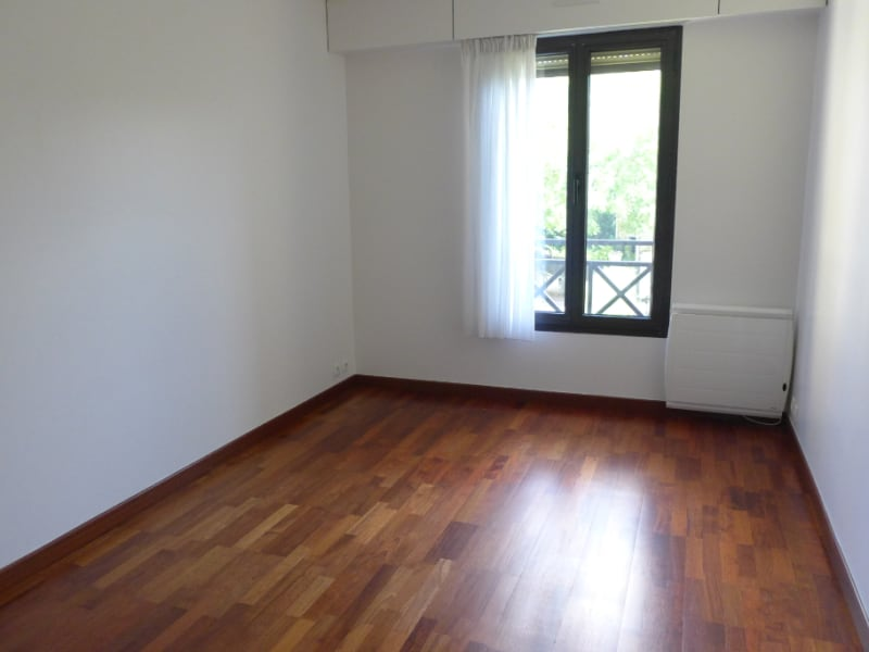 Rental apartment Garches 1181€ CC - Picture 3