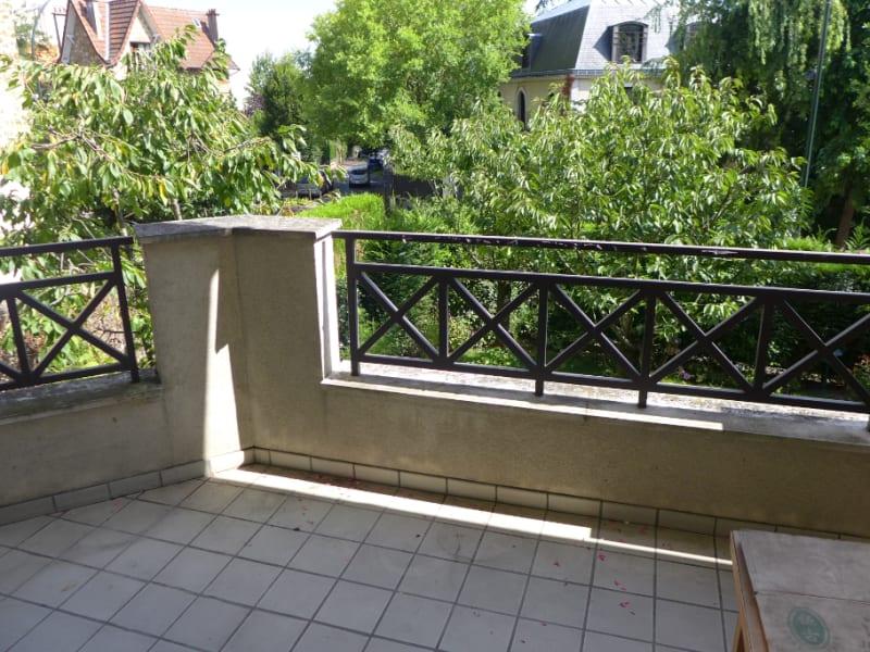 Rental apartment Garches 1181€ CC - Picture 5