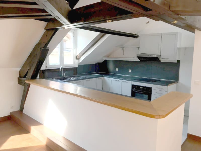 Rental apartment Garches 1375€ CC - Picture 2