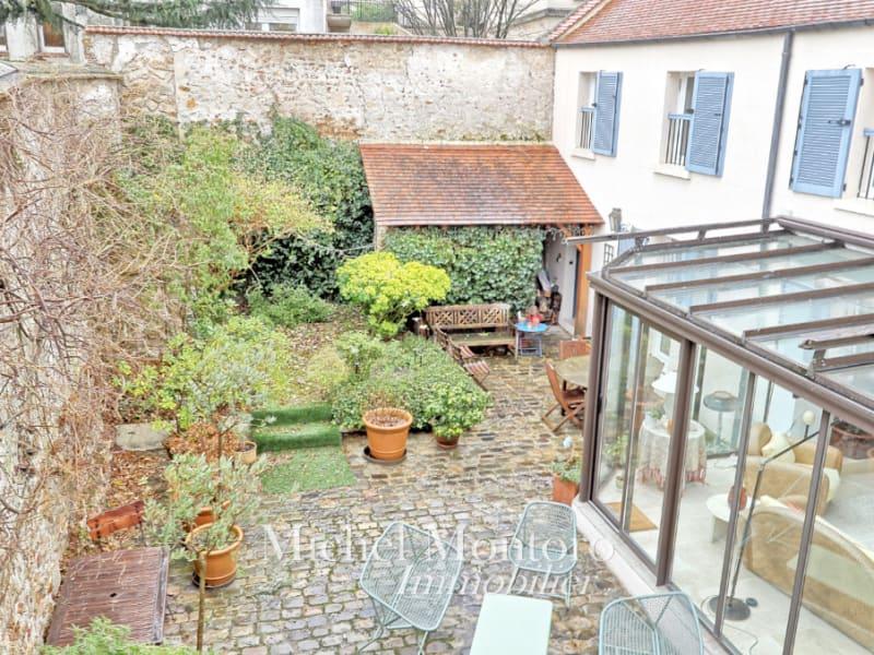 Sale house / villa 78240 990000€ - Picture 1