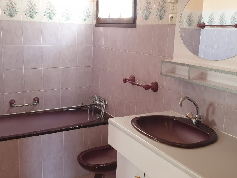 Sale house / villa Paizay le sec 146000€ - Picture 12